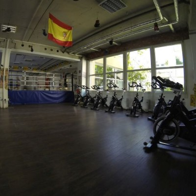 Trimmräder in der Trainingshalle