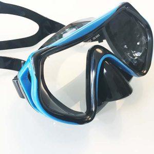 Die Taucherbrille von vorne